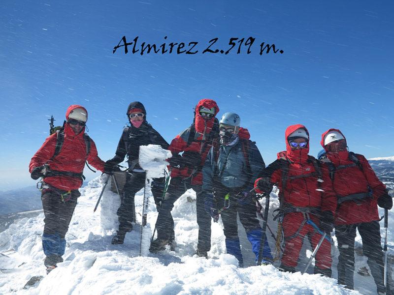 montaleros llegando a los 2.000 metros