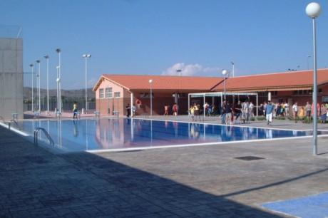 piscina rosales clece yecla