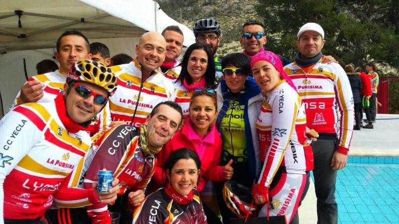 equipo Club Ciclista Yecla carolina gonzalez pañuelo titulo