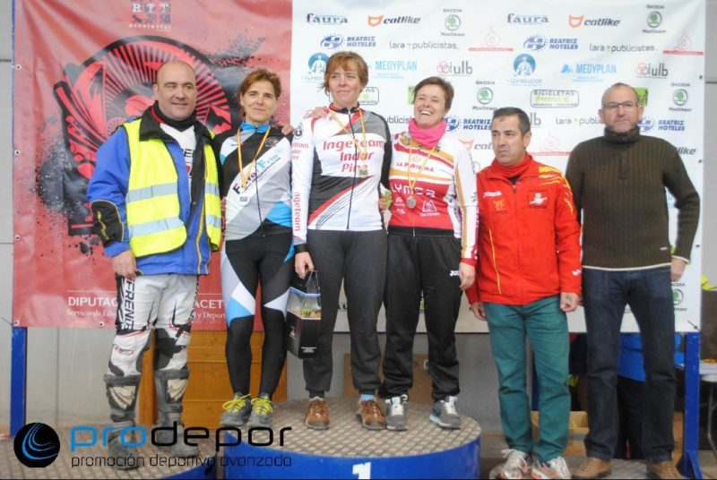 tobarra 02 chicas club ciclistas yecla
