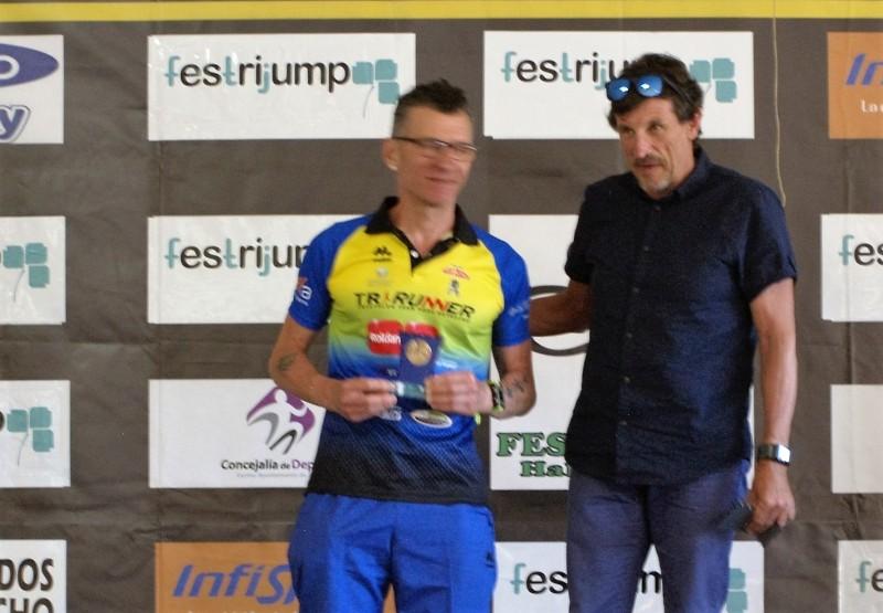 Antonio Puche triatleta triatlon arabí
