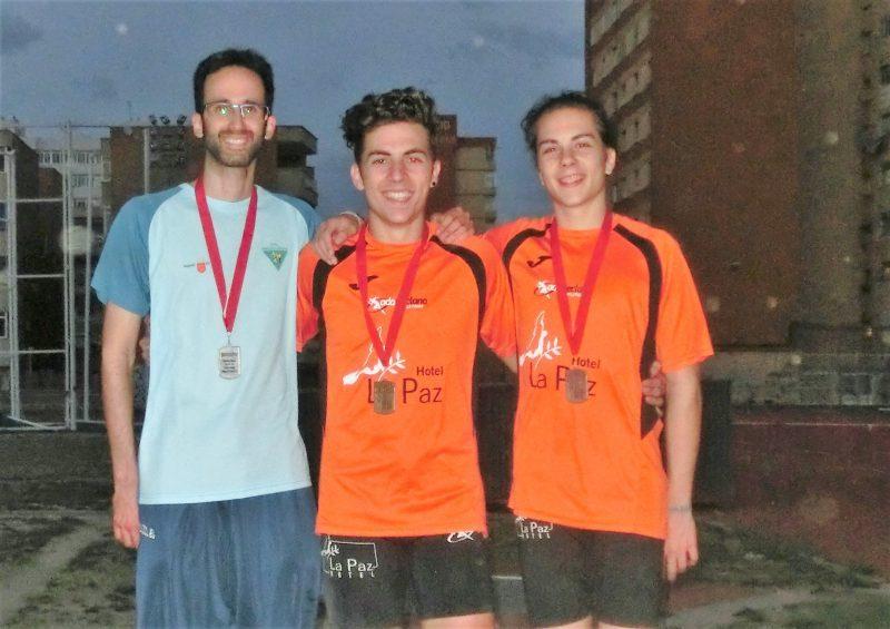 triple salto carlos medallas