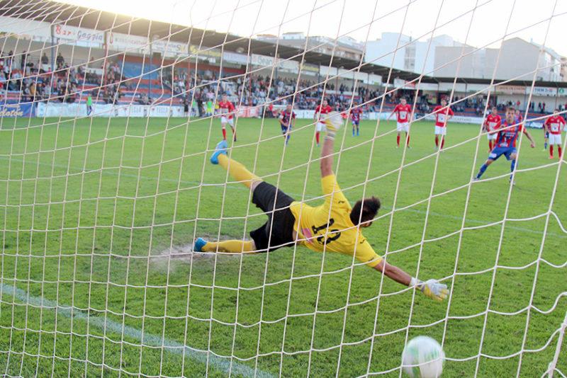 gol de penalti yeclano