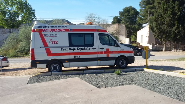 ambulancia cruz roja