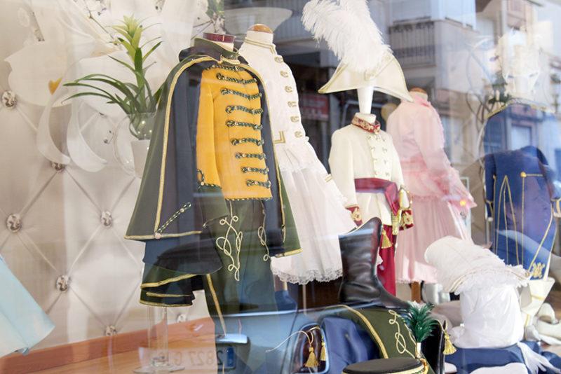trajes de los pajes