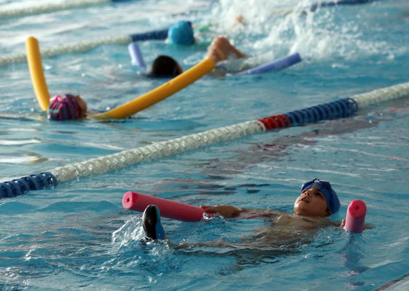 piscina reducción del horario