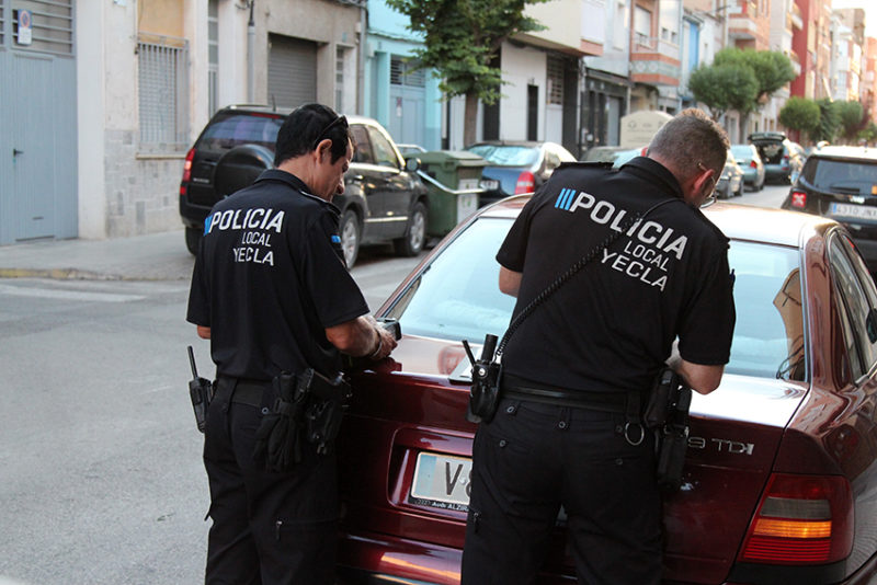 agentes policía local de Yecla