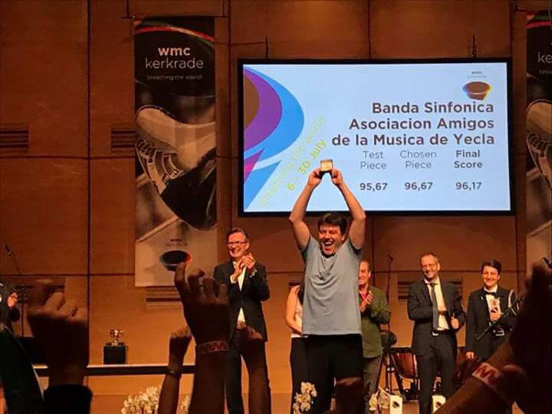angel banda kerkrade angel hernandez escenario medalla de oro