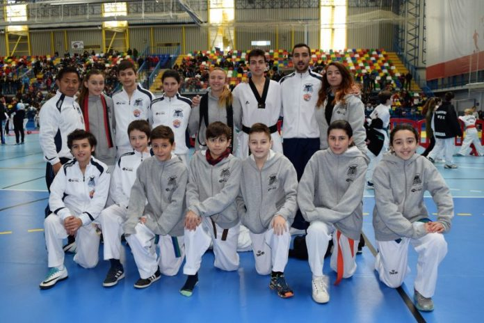 equipo en guadalajara taekwondo 17 podios