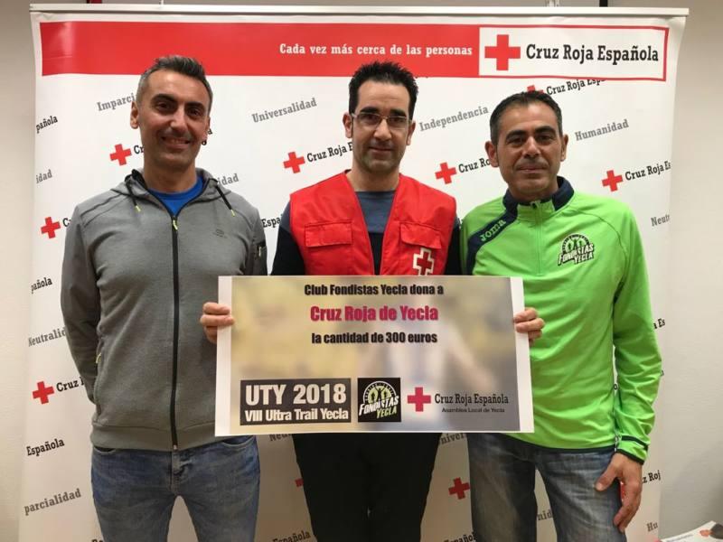 donación fondistas ultra trail cruz roja