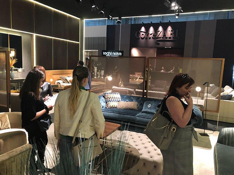 Ocho empresas de yecla participan en la feria del mueble for Feria de milan
