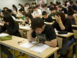 alumnos examen de selectividad salas
