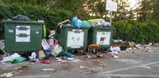 basura acumulada en extarradio