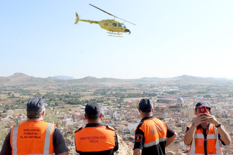 helicóptero protección civil