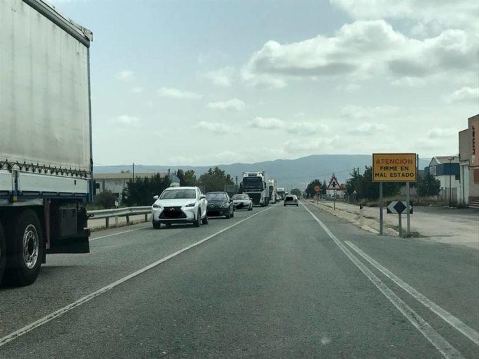 autovía pinoso firme mal estado