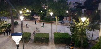 luces led en el parque de la constitución