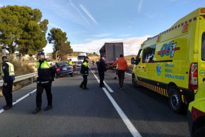 accidente nacional 344 camion y turismo caudete