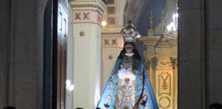 entrada de la imagen de la virgen al santuario en La Subida