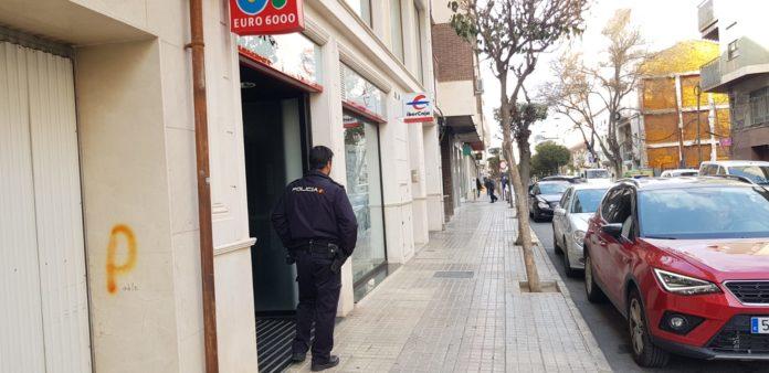 policía nacional sede ibercaja yecla atraco