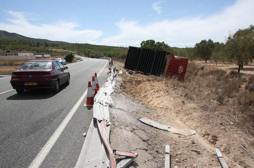 carretera de caudete a Yecla