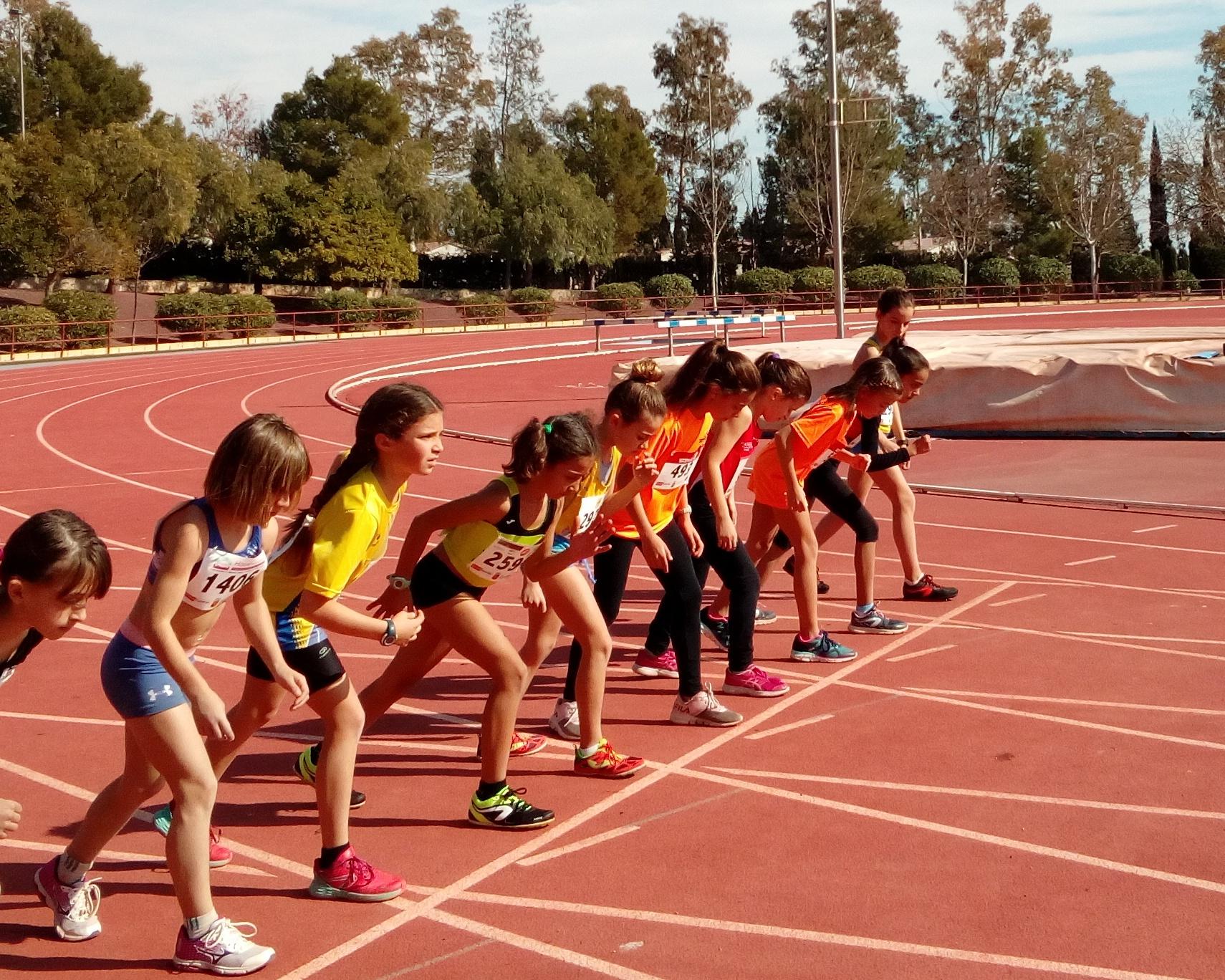 Saray y Ainhoa 500m final benjamín alevín ada yeclano
