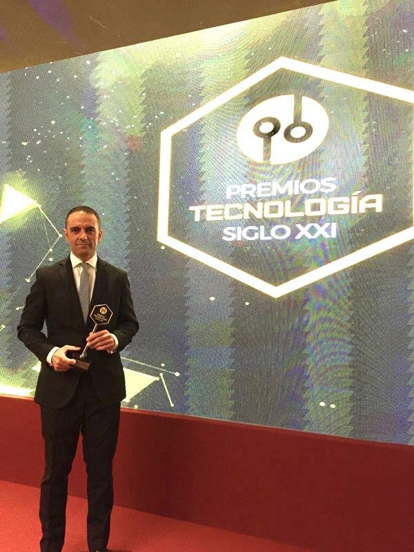 CETEM premio nacional de tecnología del siglo XXI
