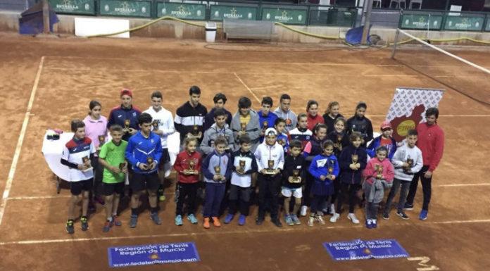 escuela de tenis club de tenistas yeclanos