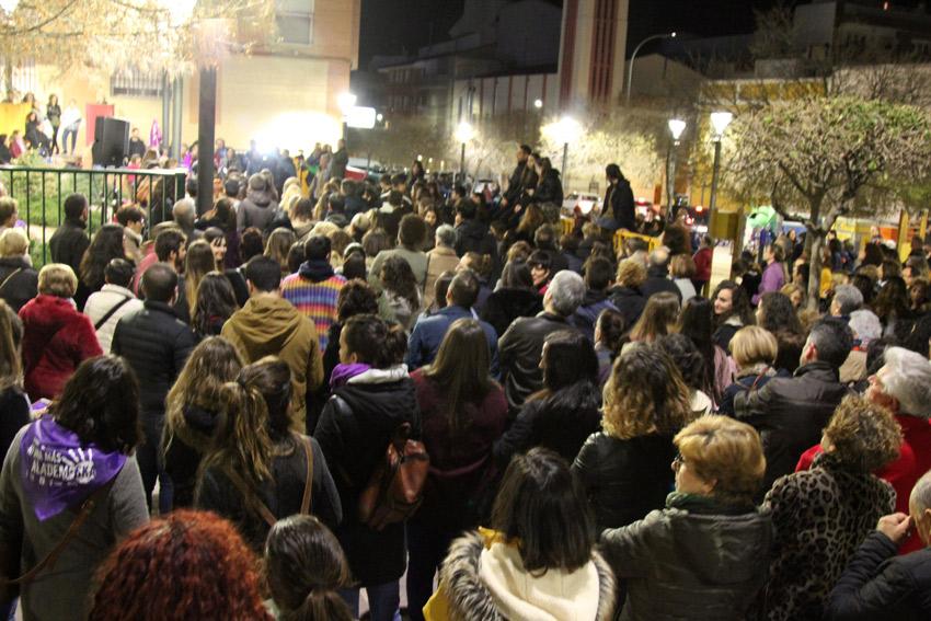 manifestación a favor de la mujer en Yecla