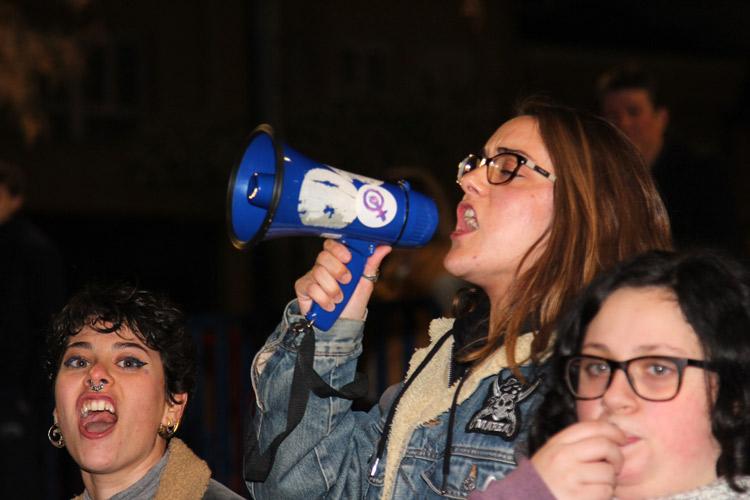 manifestación 8 de marzo a favor de las mujres