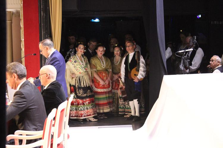 grupo de coros y danzas de Yecla