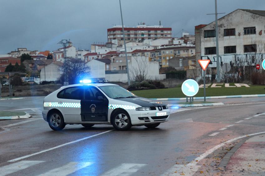 coche de la policía local controles