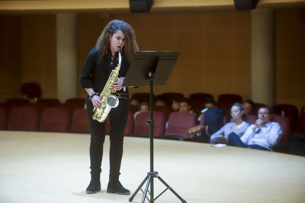 Paula Soriano saxofonista