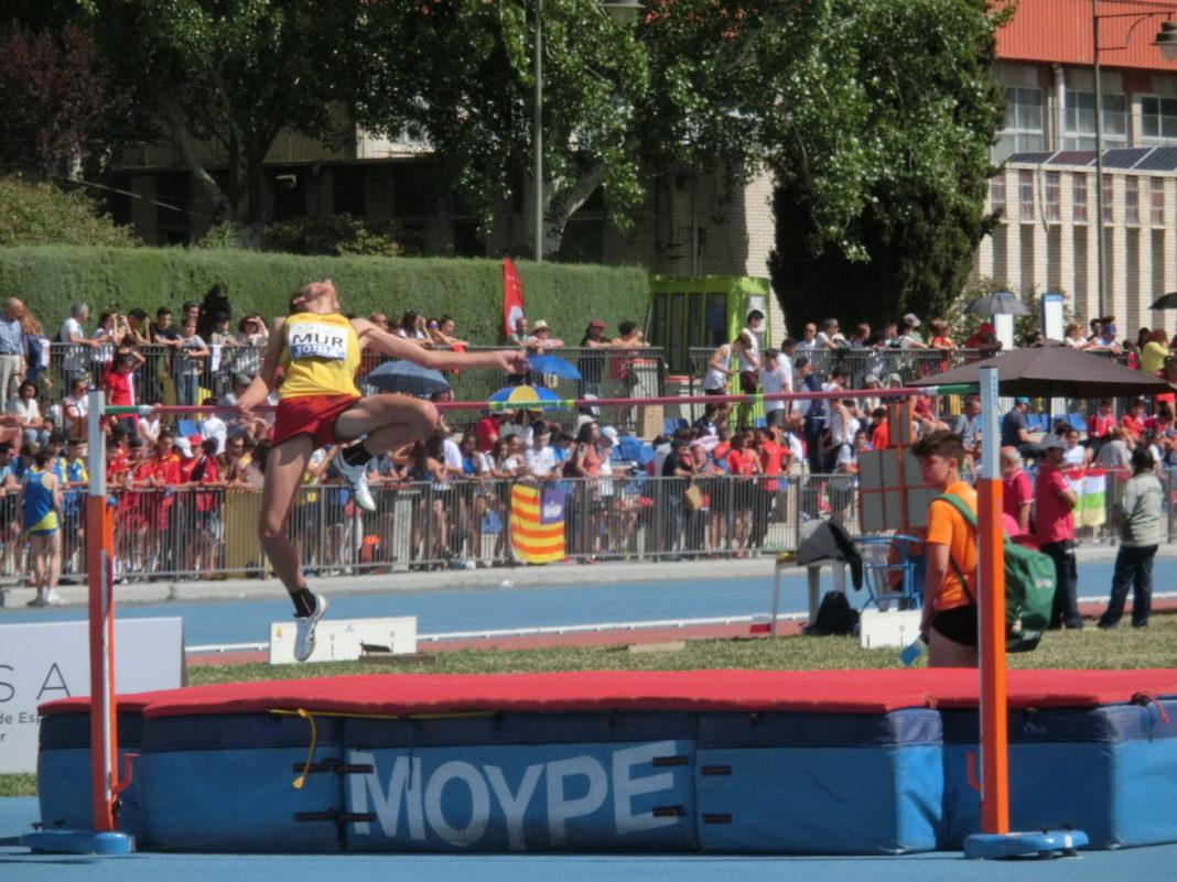 cristian salto de altura atletas ada yeclano
