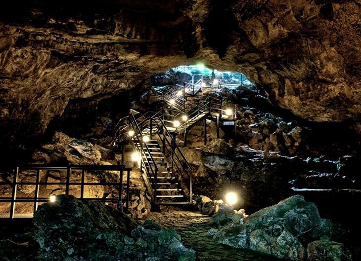 cueva de el pendo escobedo camargo