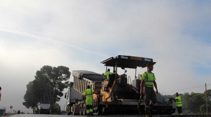 obras de reasfaltado de la carretera de pinoso