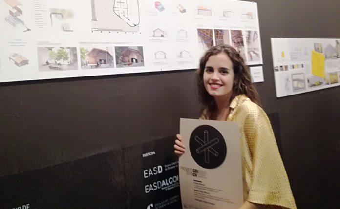 """Beatriz Díaz Marco por su trabajo """"Sinergia, centro joven"""""""
