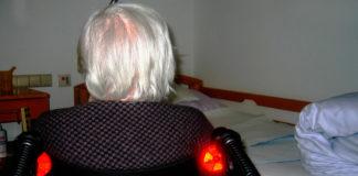 ayuda a domicilio anciana