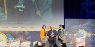 fama premio digitalización