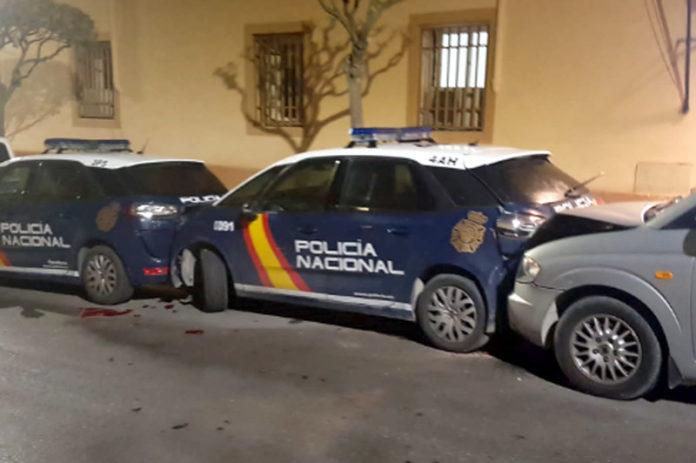 choque de varios coches de policía