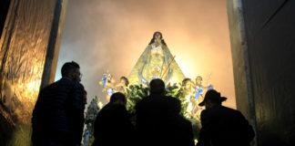 procesión de la virgen