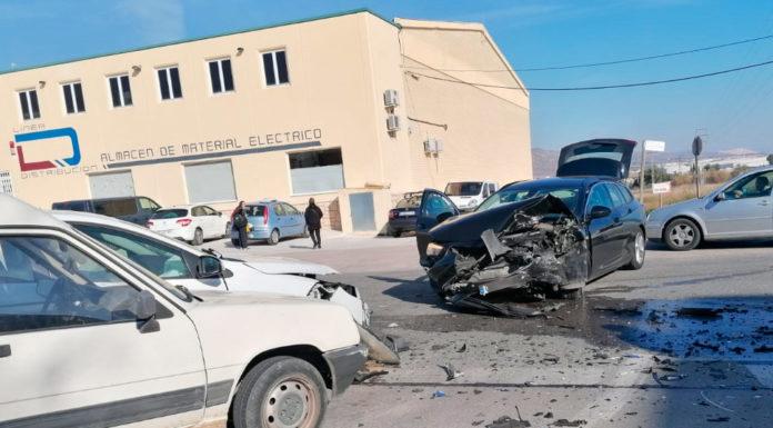 espectacular accidente carretera pinoso