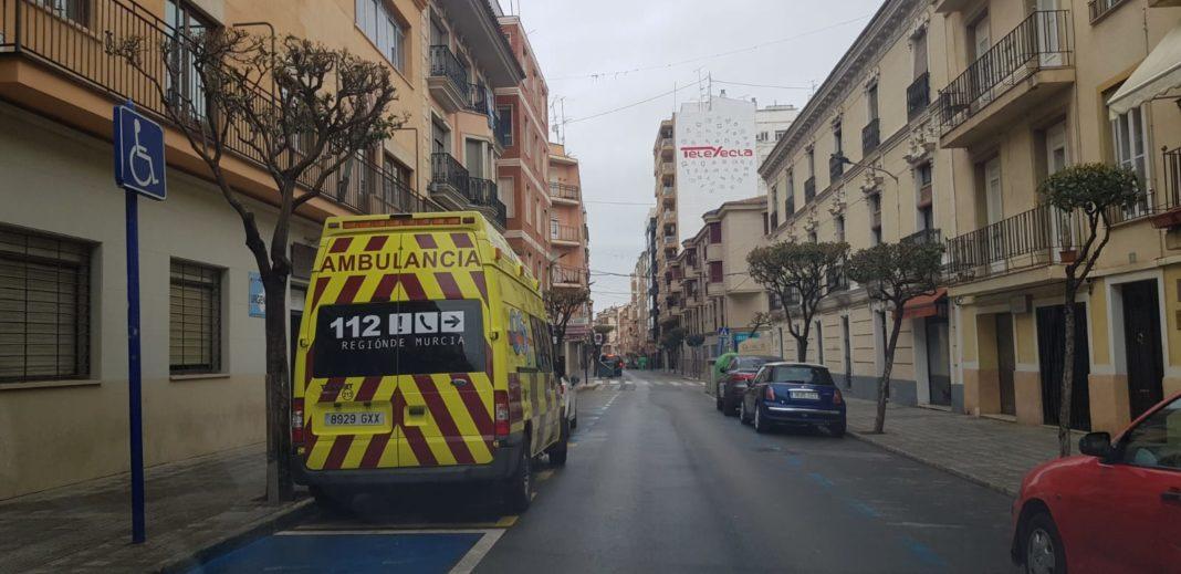 coronavirus yecla ambulancia calle imcumplir el encierro