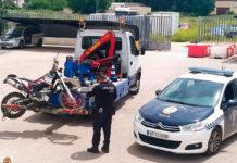 policía motorista motocross