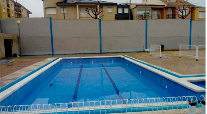 piscina rosales rota