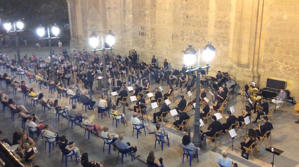 múisca semana santa concierto víctimas covid amigos música banda