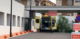 ambulancia hospital confinados segunda oleada incidencia de la pandemia