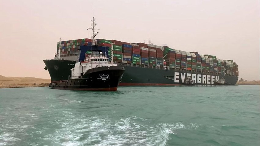 buque canal de suez