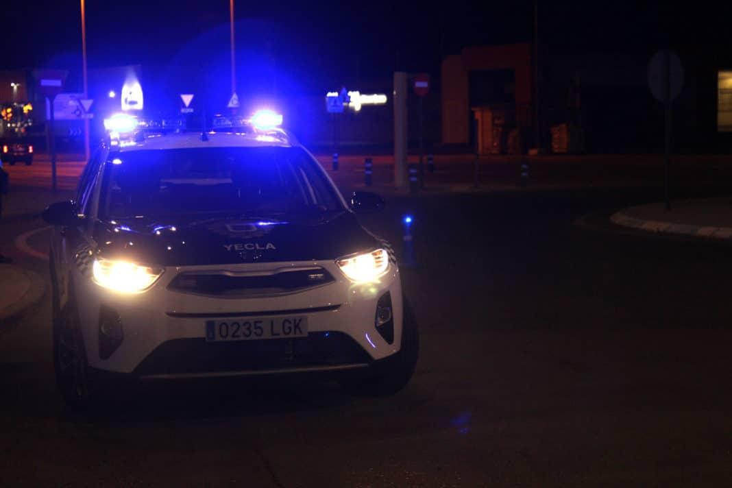coche policía control dos policias heridos