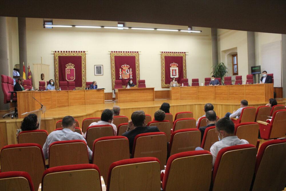 pleno del ayuntamiento de Yecla comedor
