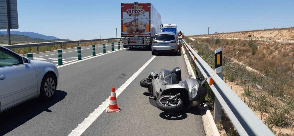 accidente de motorista herido de gravedad